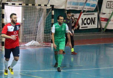Calcio a 5 : Cus Ancona, derby vibrante ma vince la Tenax