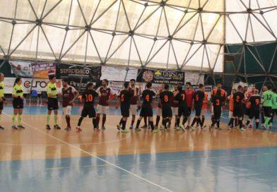 Calcio a 5 : Il Cus Ancona supera l'Etabeta e centra i playoff