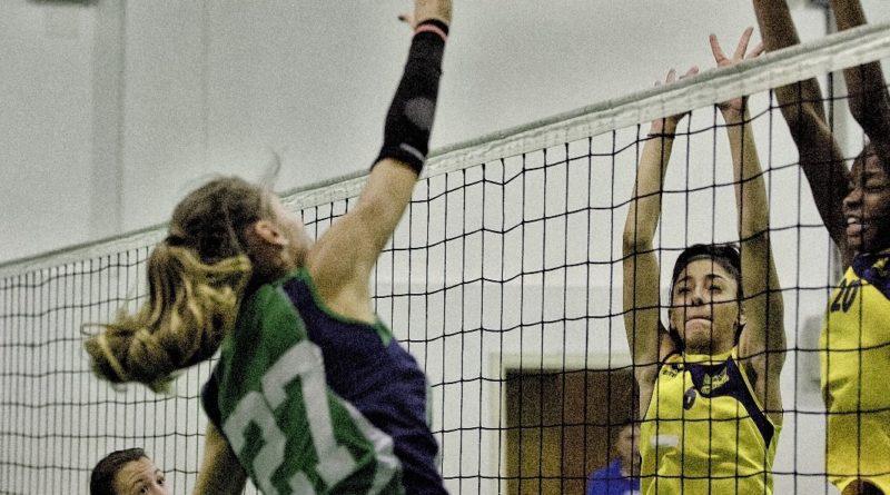 Volley: Doppio impegno per le ragazze del CUS Ancona
